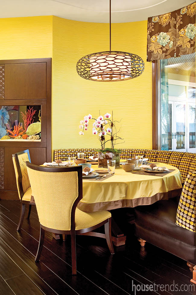 Yellow walls brighten up a breakfast area