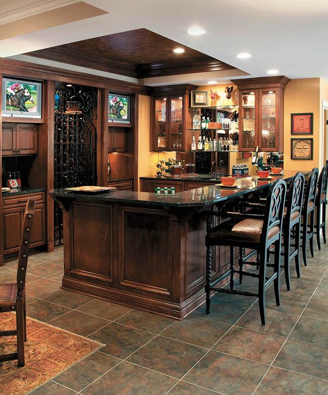 Home bar design has every aspect for entertaining