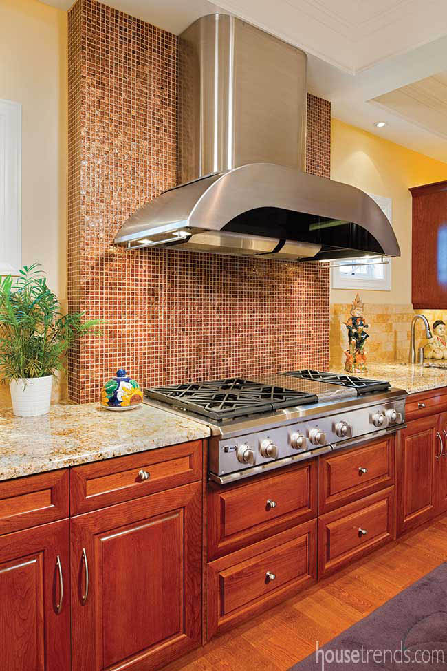 Glass tile lends modern touch to a kitchen
