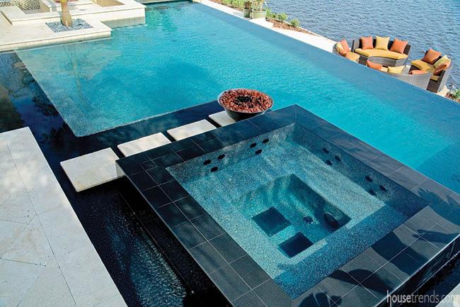 Luxurious eight-person spa