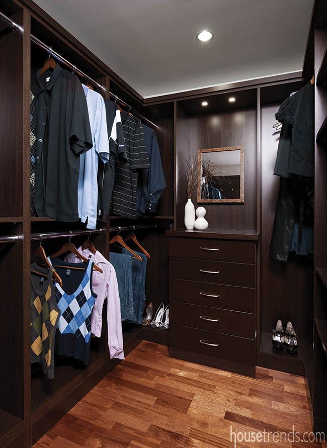 Custom closets add storage to a condo