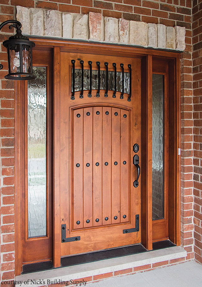 Entry door complements Western-style architecture