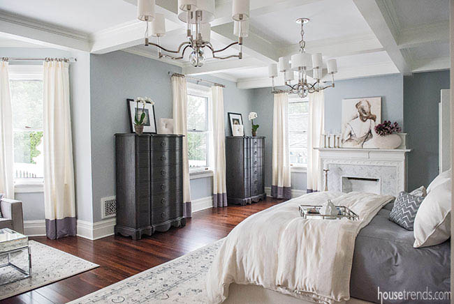 Elegant touches in a bedroom design