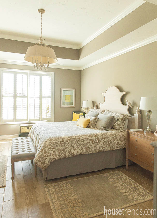 Bright bedroom design creates a luxurious retreat