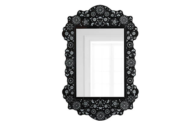 Classic mirror design in traditional colors