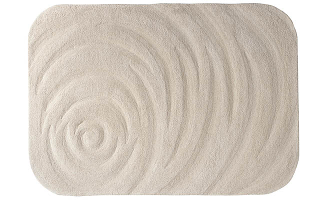 Rug comes in a variety of sizes
