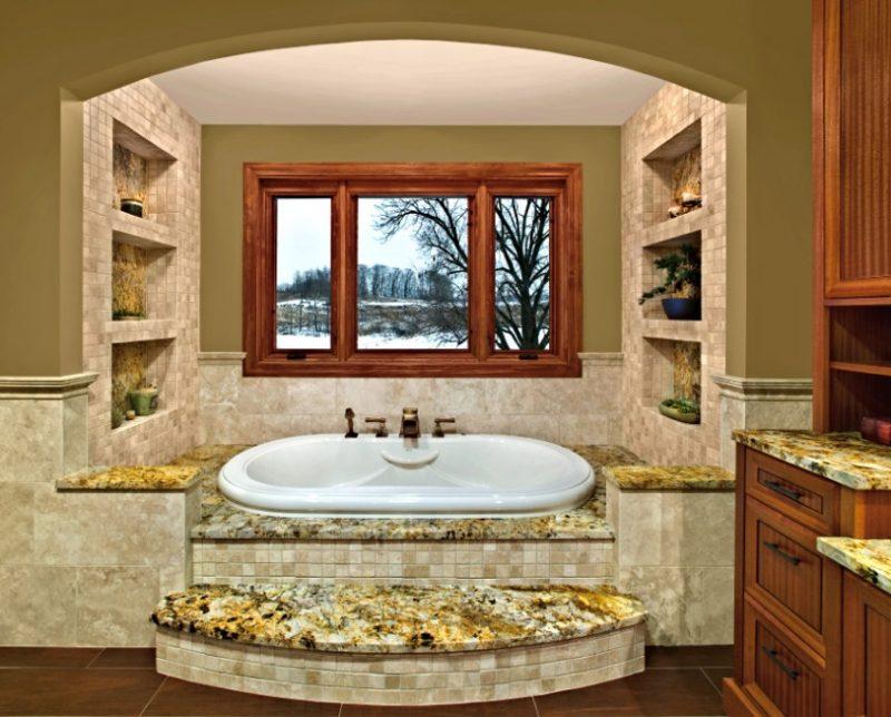 Relaxing bathtub gets awe-inspiring view