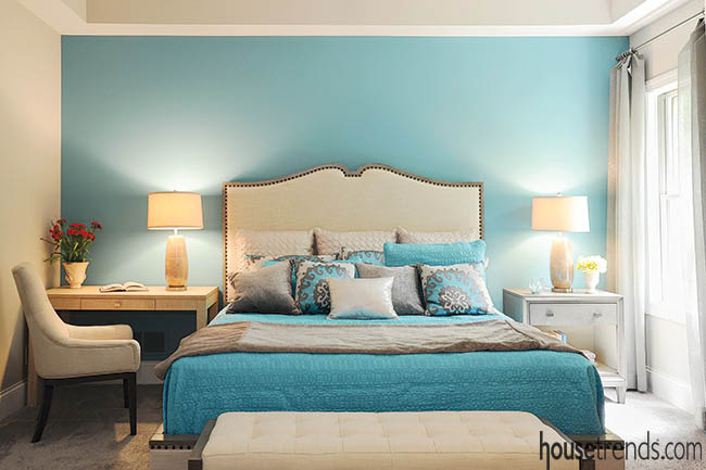 Bedroom furniture gives spotlight to accent wall