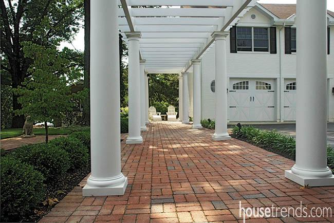 Pergola adds shade to a walkway