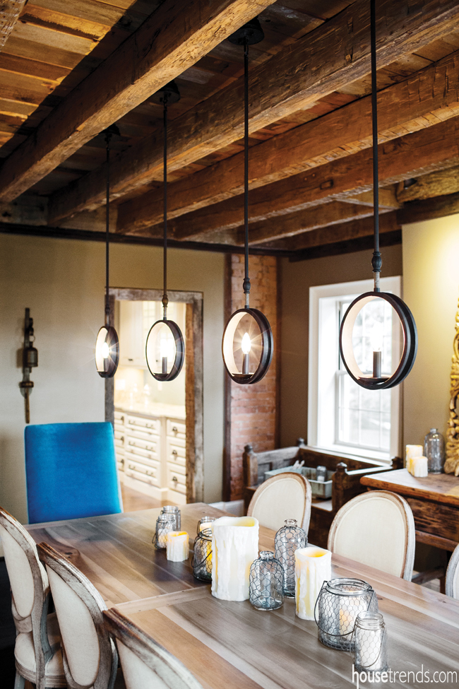 Dining room furniture adds modern colors