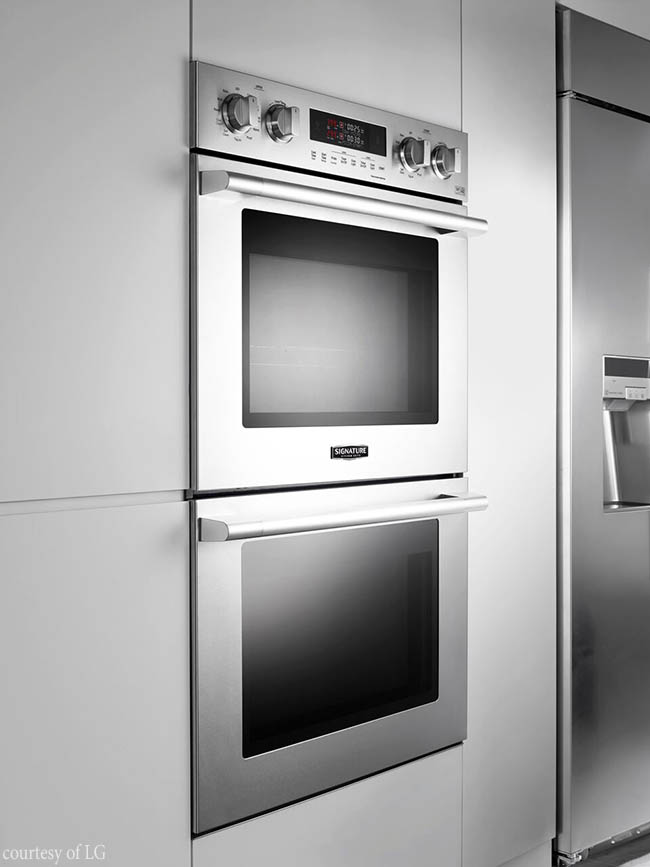 Oven brings technology to the kitchen