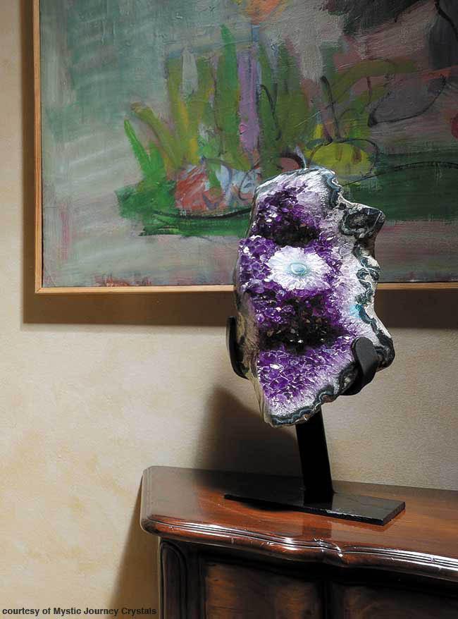 Amethyst art mimics color of the year