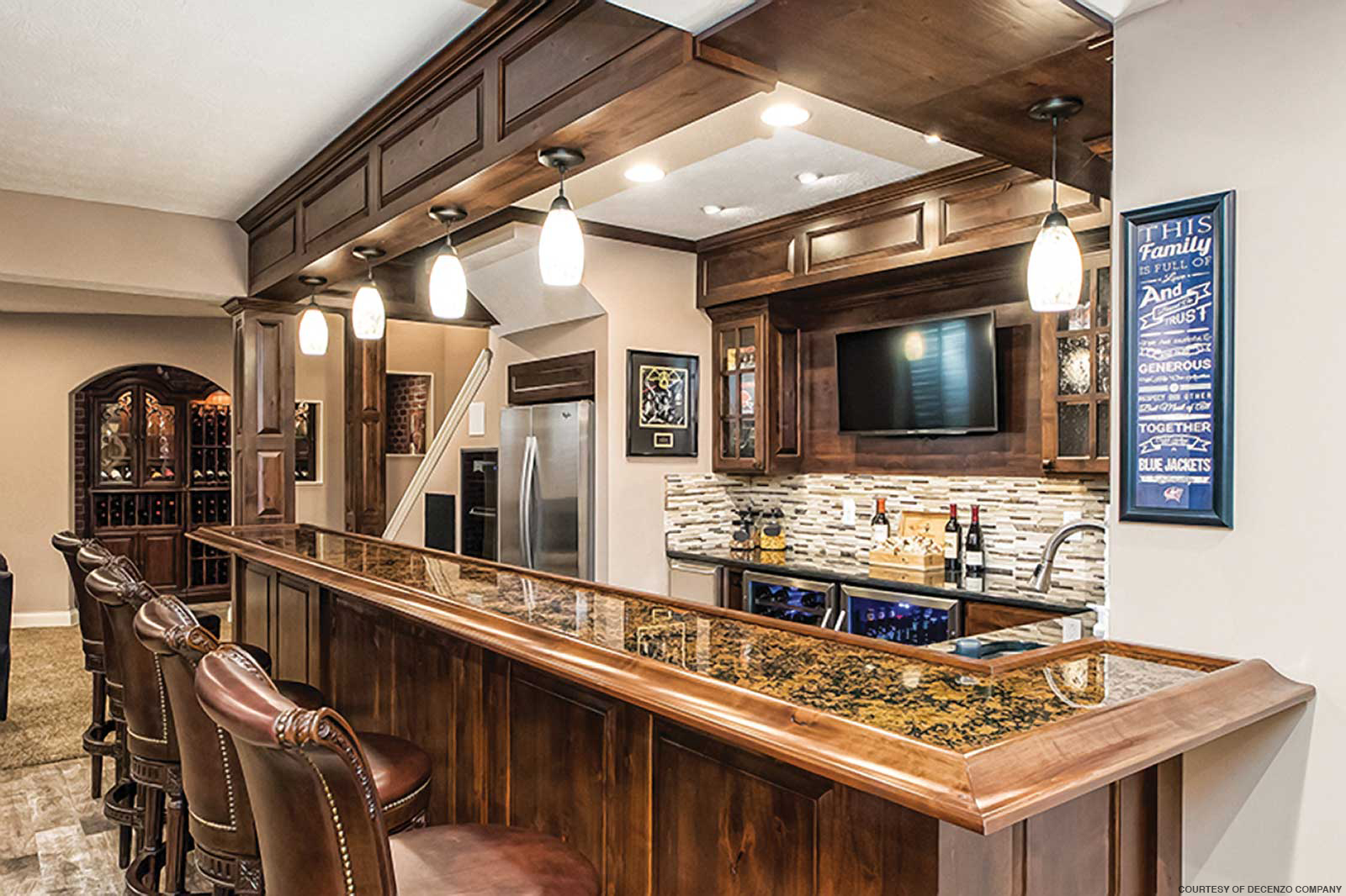 Things to Consider When Stocking Your Home Bar