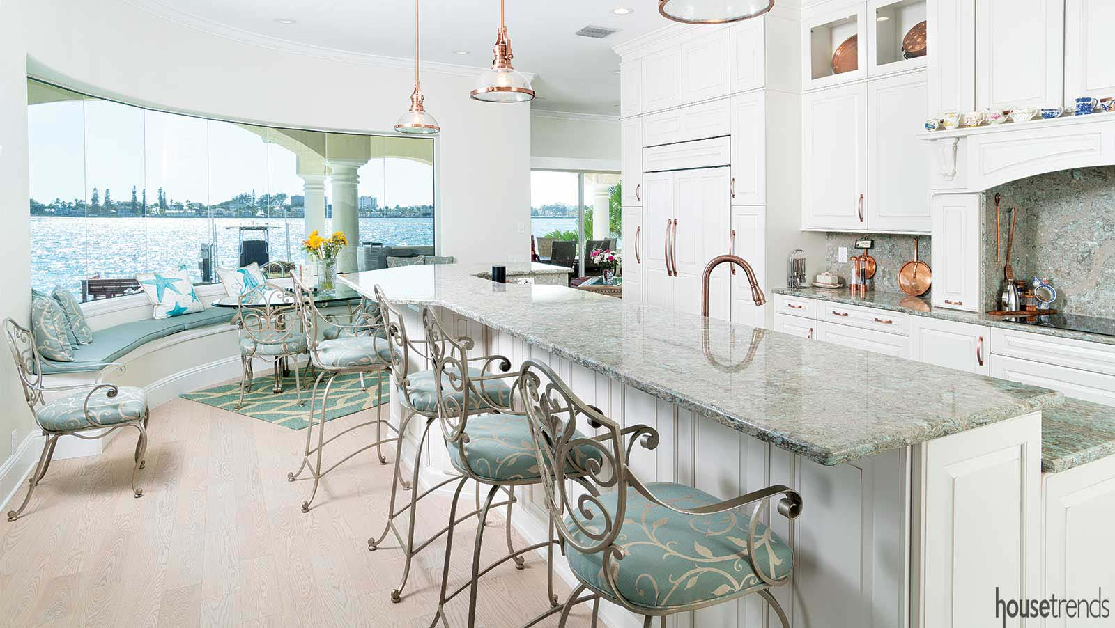 Image of: Kitchen Remodel Is Light Bright And Beautiful In Tierra Verde